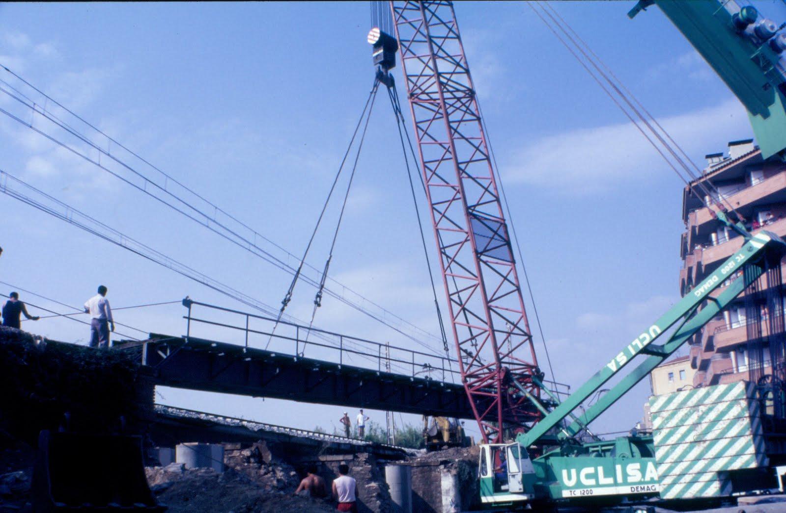 El pont del tren de la Rambla.
