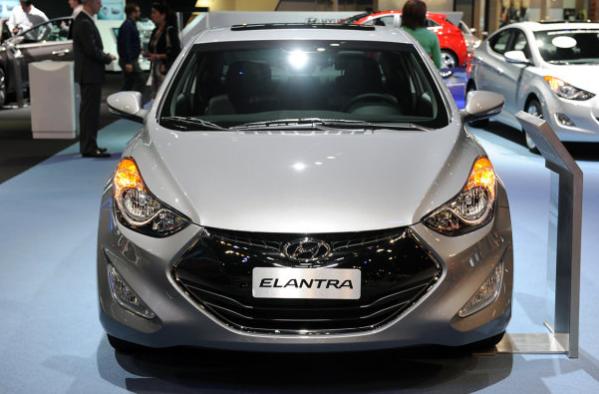 auto Hyundai Elantra 2014