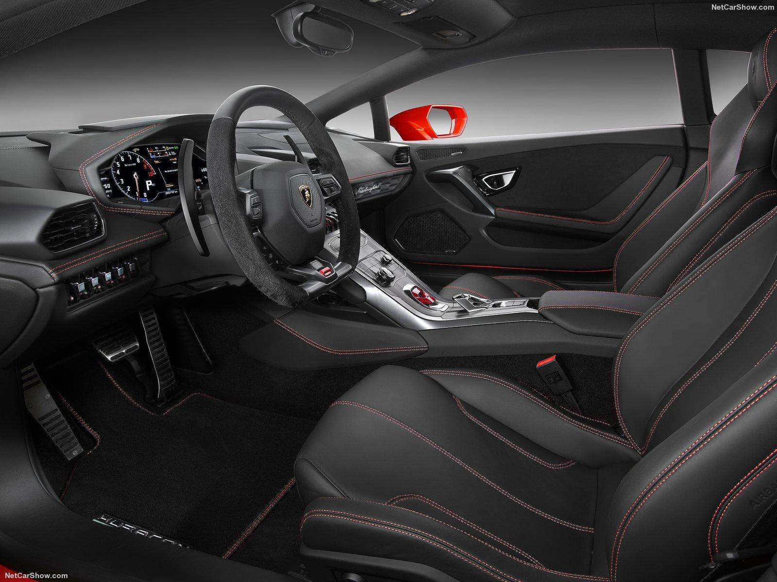 Hình ảnh siêu xe Lamborghini Huracan LP580-2 2017 & nội ngoại thất