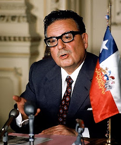"Salvador Allende: ""La historia es nuestra y la hacen los pueblos"""