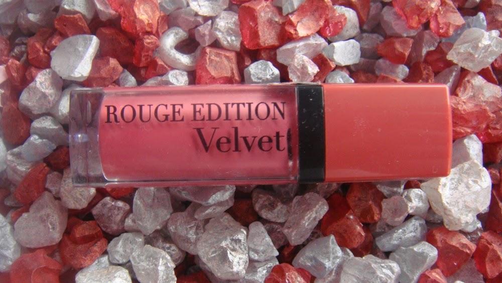 Bourjois, Rouge Edition Velvet, 07 Nude-ist.