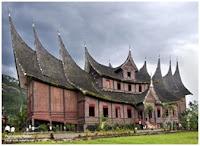 Rumah adat daerah Sumatera Barat