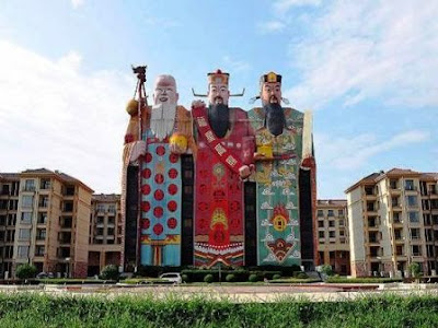 Las casas y edificios con formas de objetos más raras y extrañas del Mundo.