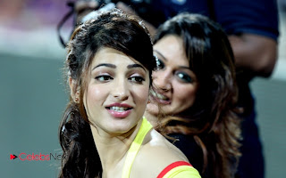 Tamil Actresses Pictures at CCL 3 Chennai Rhinos Vs Bengal Tigers Match Pictures  0014