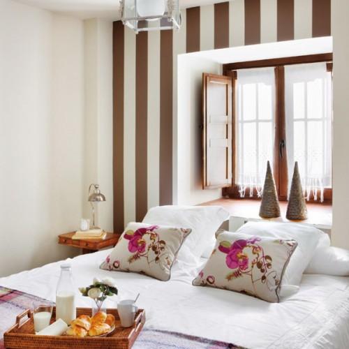 Dormitorios con rayas dormitorios con estilo - Paredes a rayas verticales ...