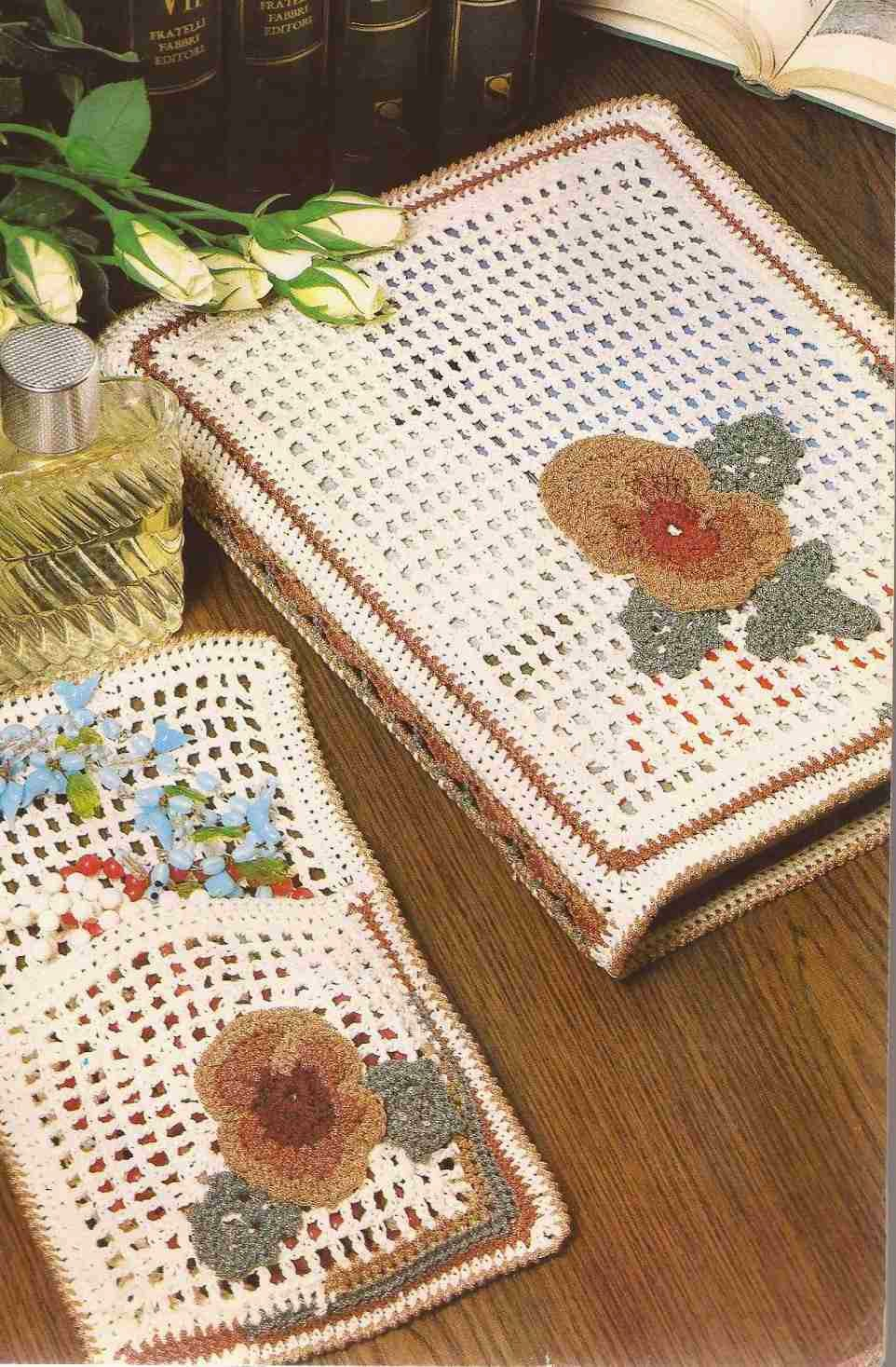 Carpeta para sobres y Joyero a Crochet