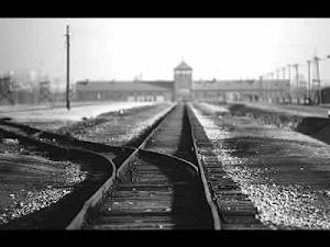 """""""Los vagones eran doce, y nosotros seiscientos cincuenta"""". Camino a Auschwitz-Birkenau Primo Levi"""