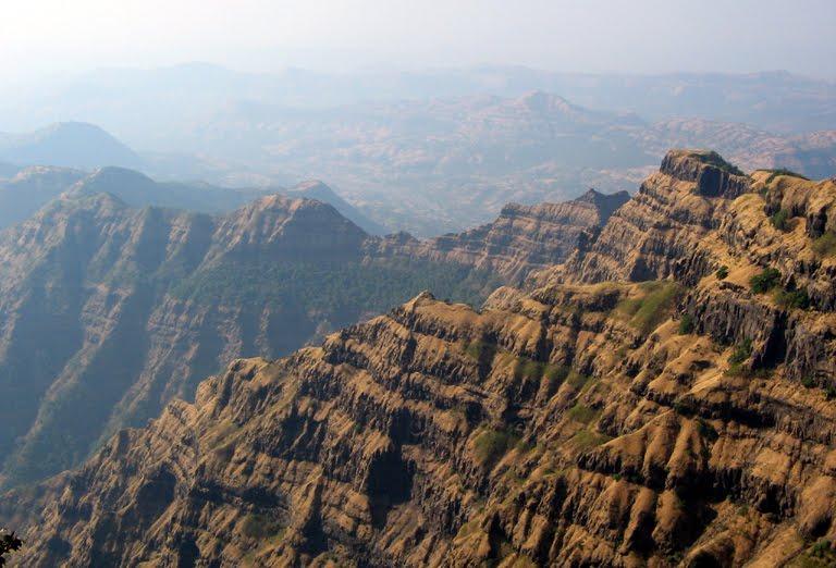Interesting Sites on the Deccan Plateau | Rickshaw Challenge