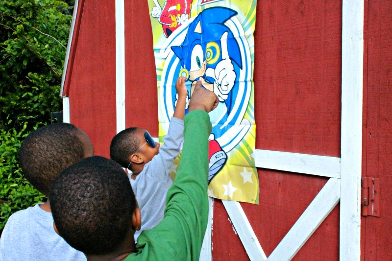 soinic the hedgehog party games, sonic the hedgehog game ideas, boy birhtday party ideas