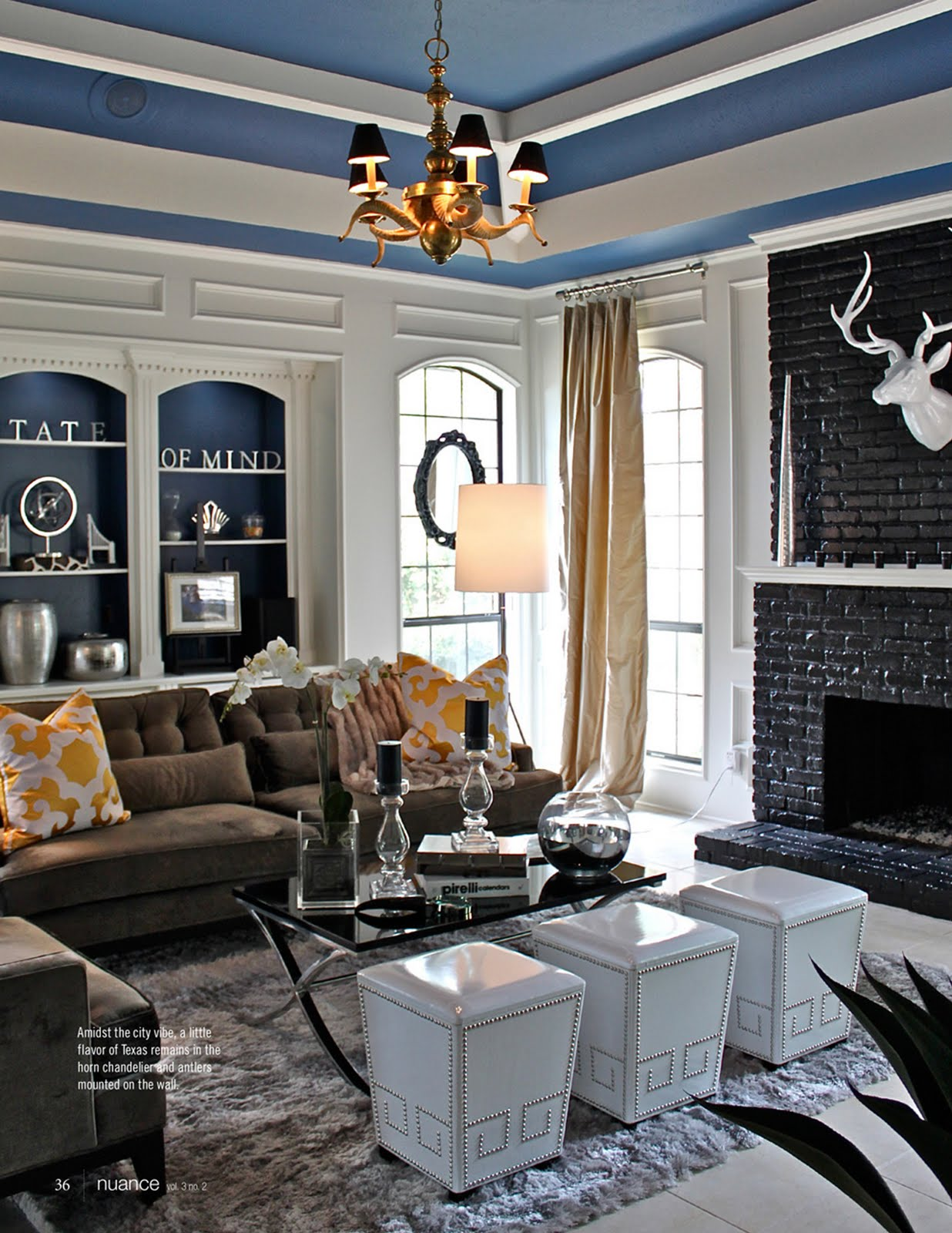 The styled life home spotlight some bachelor in dallas for Blair waldorf apartment