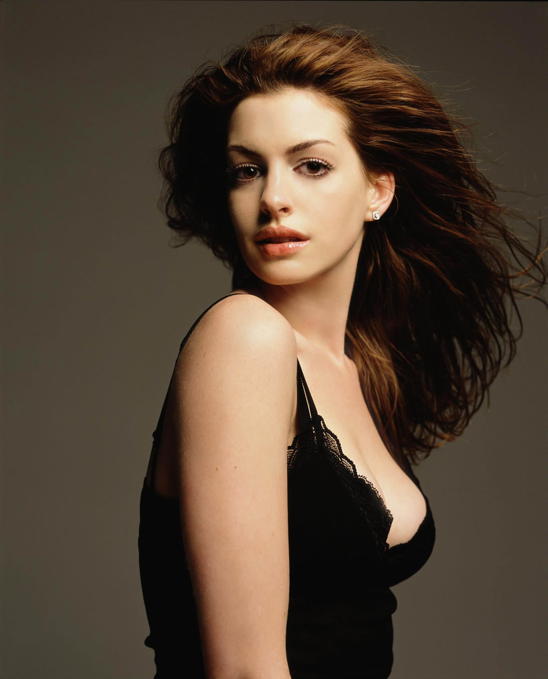Anne Hathaway born November 12, 1982 (age 35)