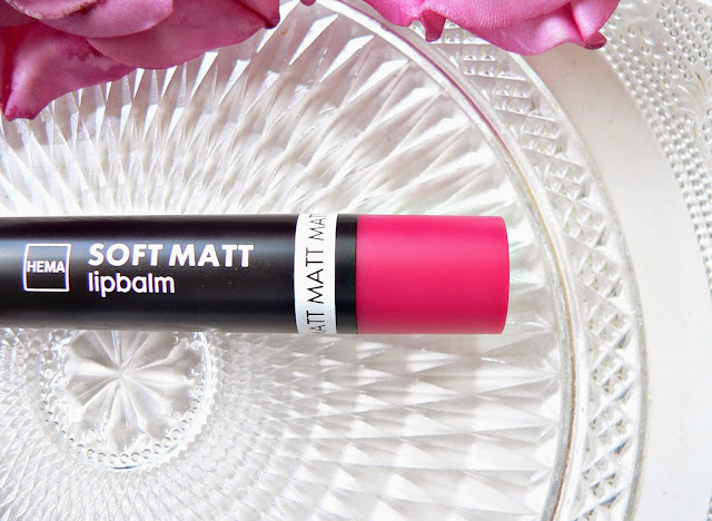 Hema soft matt matte lipbalm lipstick 05 review swatches mac dupe framboos roze