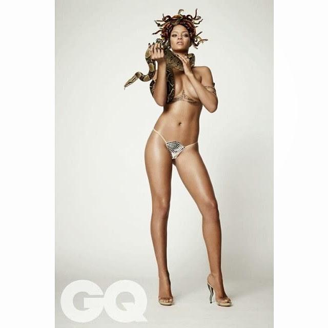 Rihanna de Medusa para la revista GQ