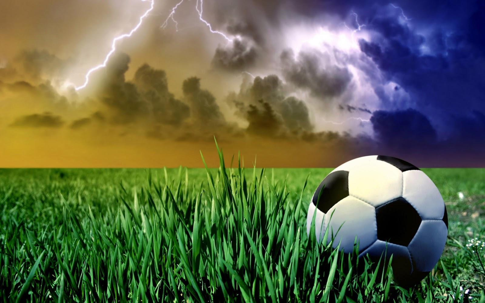 http://2.bp.blogspot.com/-81oUWx1dhFs/UVhQutkacKI/AAAAAAAAXiY/27MnJzlFNZ8/s1600/football-wallpaper-15.jpg