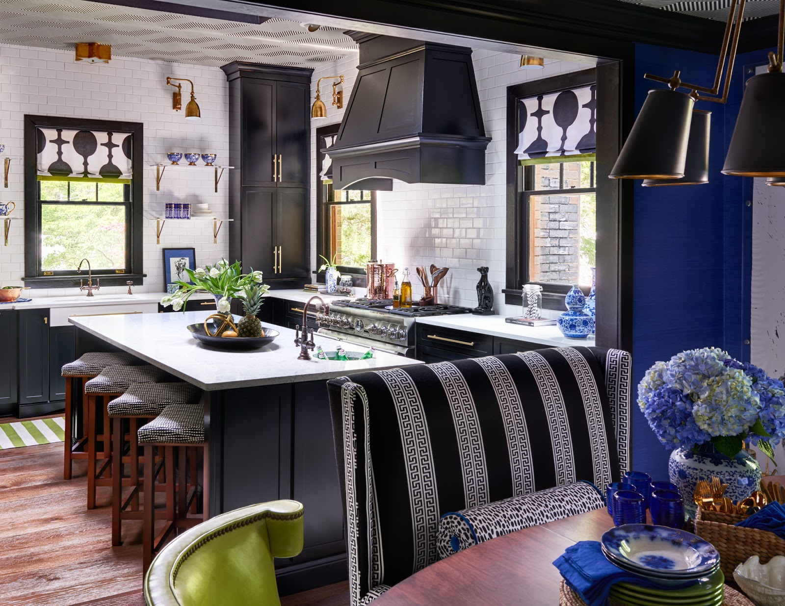 Lisa mende design lisa mende design is featured in for Traditional home kitchens 2015