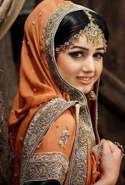 Beautiful Anum Fayyaz Wallpaper