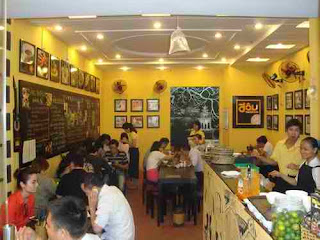 Tấp nập đi ăn món bún đậu mắm tôm ở Đậu homemade, món ngon hà nội, địa điểm ăn uống 365