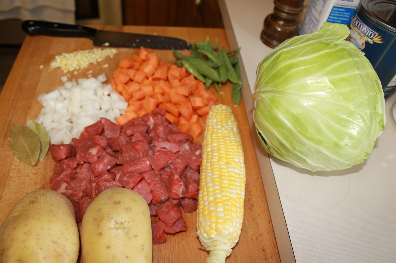 SunShine Sews...: Garden Cabbage and Vegetable Beef Soup