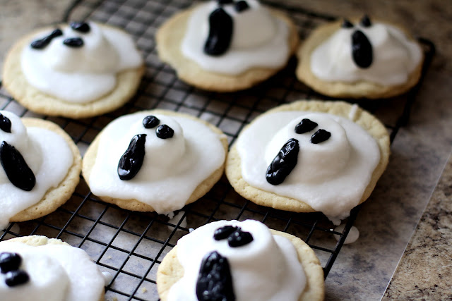 3-D Ghost Cookies, Butter with a Side of Bread