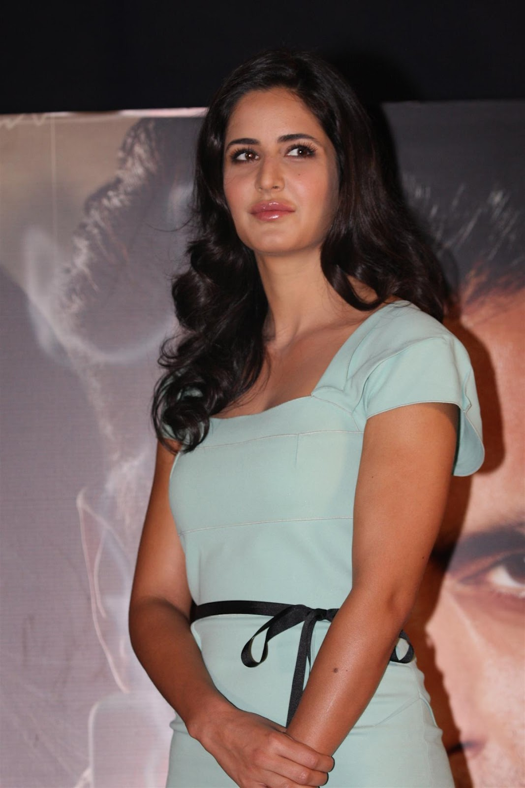 "katrina kaifsalman khan promoting ""ek tha tiger"" at mumbai. unseen pics"