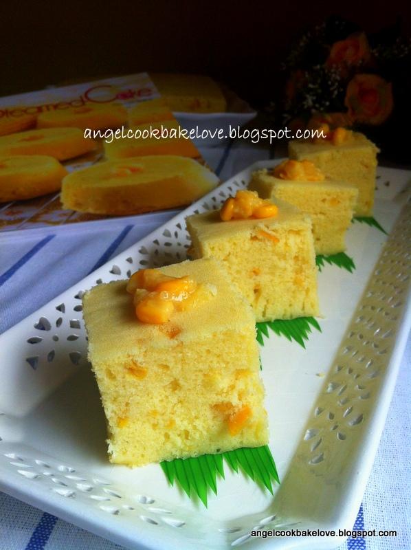 CookBakeLove Steamed Sweet Corn Cake