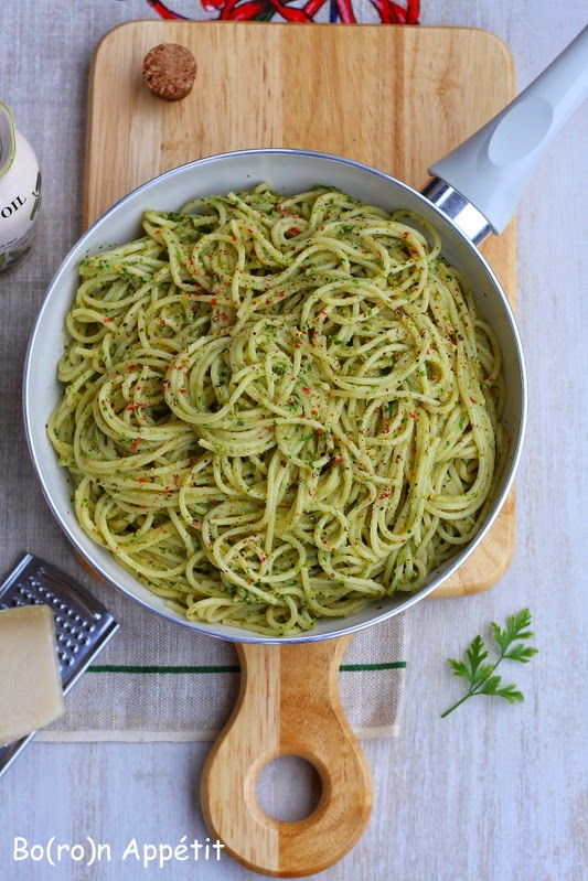 Spaghetti z anchois i oliwkami - przepis