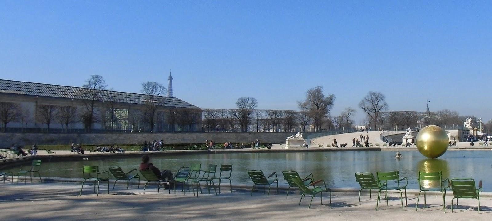 La rte le p re d 39 ulysse les chaises et les bancs de paris - Jardin d ulysse paris ...