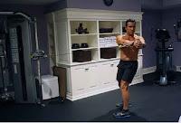 olahraga dengan bantuan kabel dapat membentuk otot perut