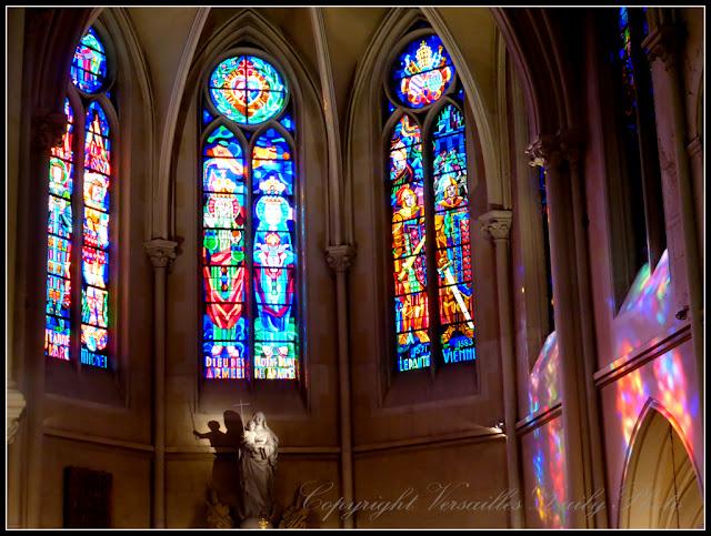 Chapelle Notre-Dame des Armées vitraux Versailles