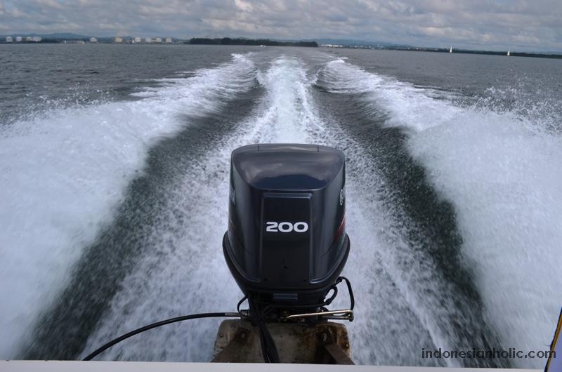 Speedboat menuju Pulau Beras Basah