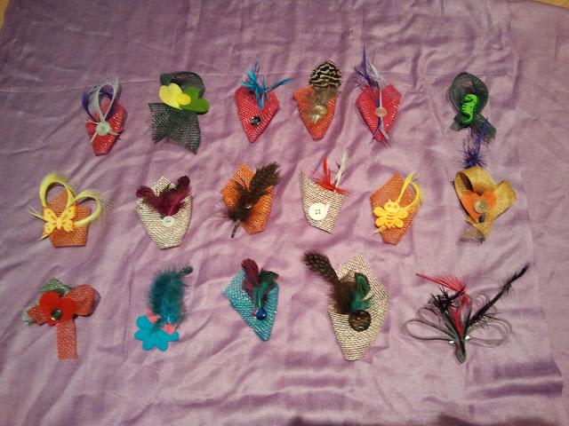 broches, fieltro, botones, plumas, originales, baratos, económicos