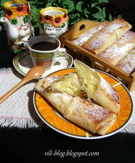 Кокосови банички с крем сирене и сметана