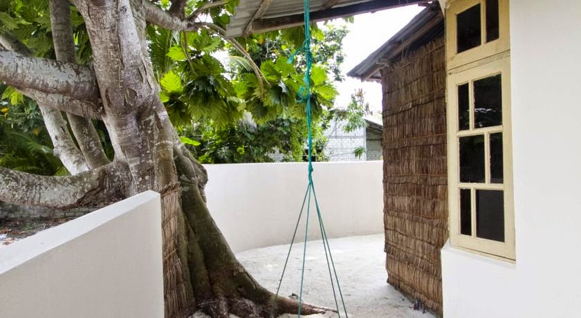 Canopy Cove Maalhos Island Maldives