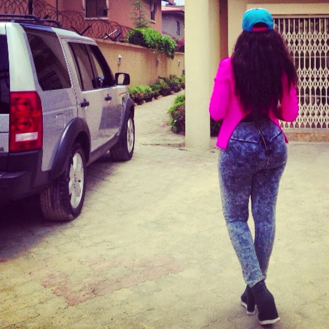Daniella Okeke Is Vain And She loves It!!! Check Out Her New Photos….