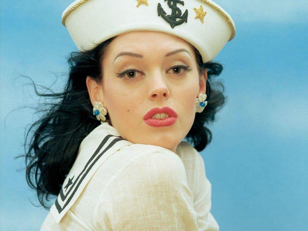 http://2.bp.blogspot.com/-842oQ5tNHcA/Tgbz4_zSdCI/AAAAAAAAQs8/1XMHERjBmPc/s1600/american-Actress-Rose-McGowan-gallery%2B%25281%2529.JPG