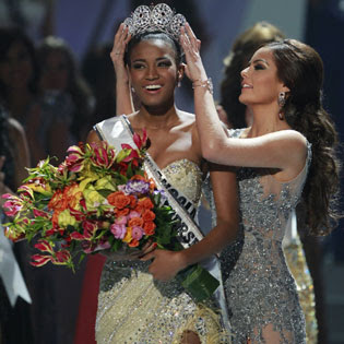 Miss Universe 2011 Had Cosmetic Surgery