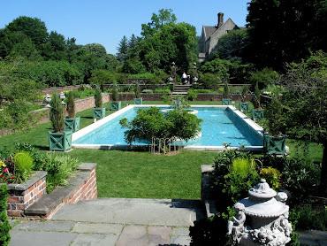 #6 Outdoor Swimming Pool Design Ideas