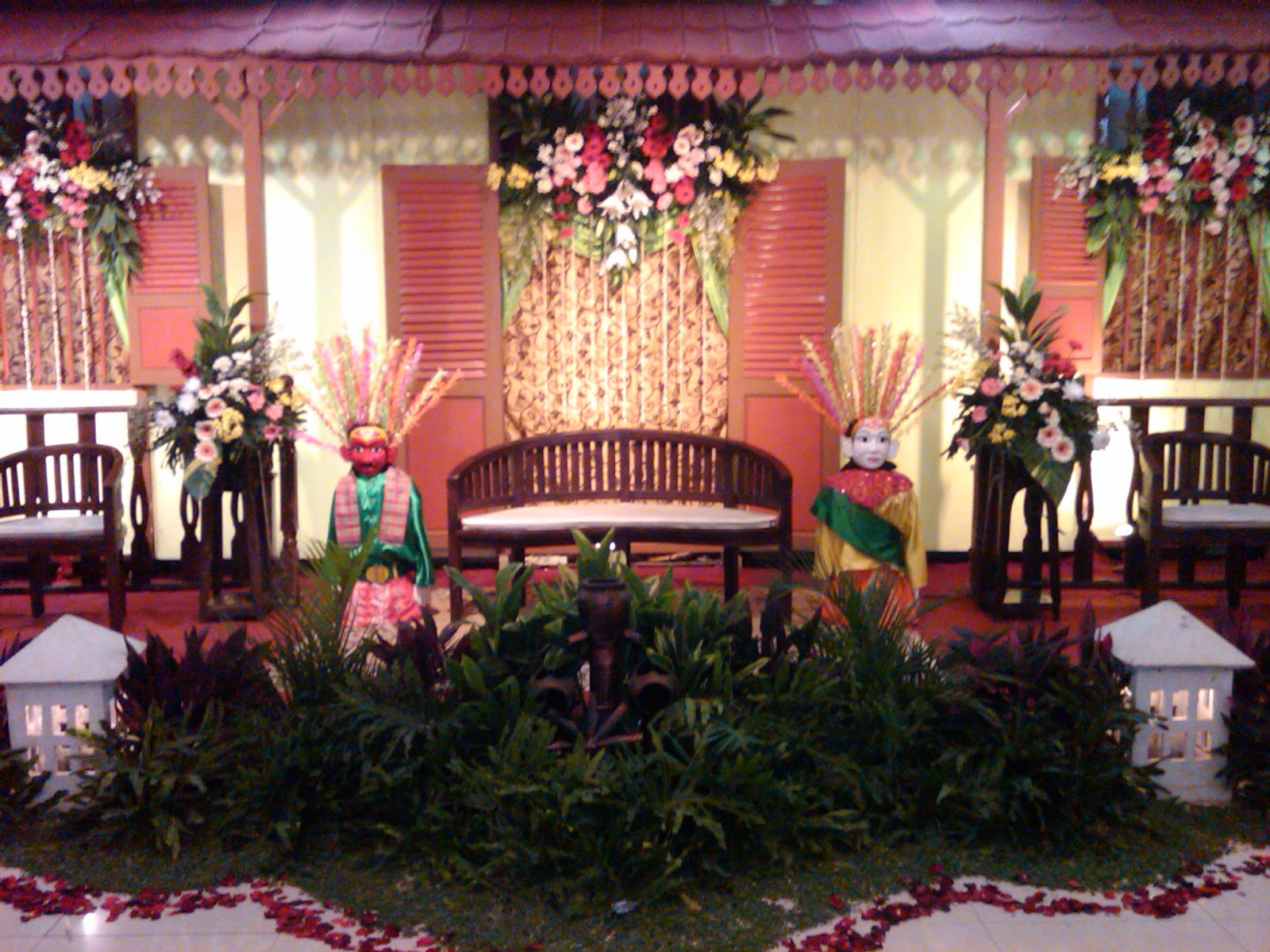 Sewa busana betawi dot com i ph 085211711318 atau for A decoration none