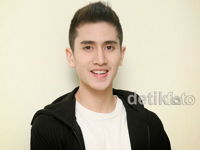 Foto Model Rambut Verrel Bramasta