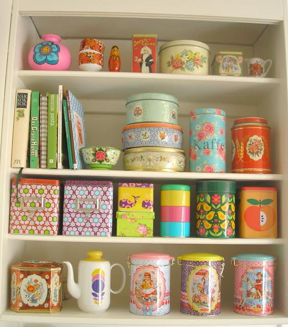 Pink+friday+kitsch+shelves