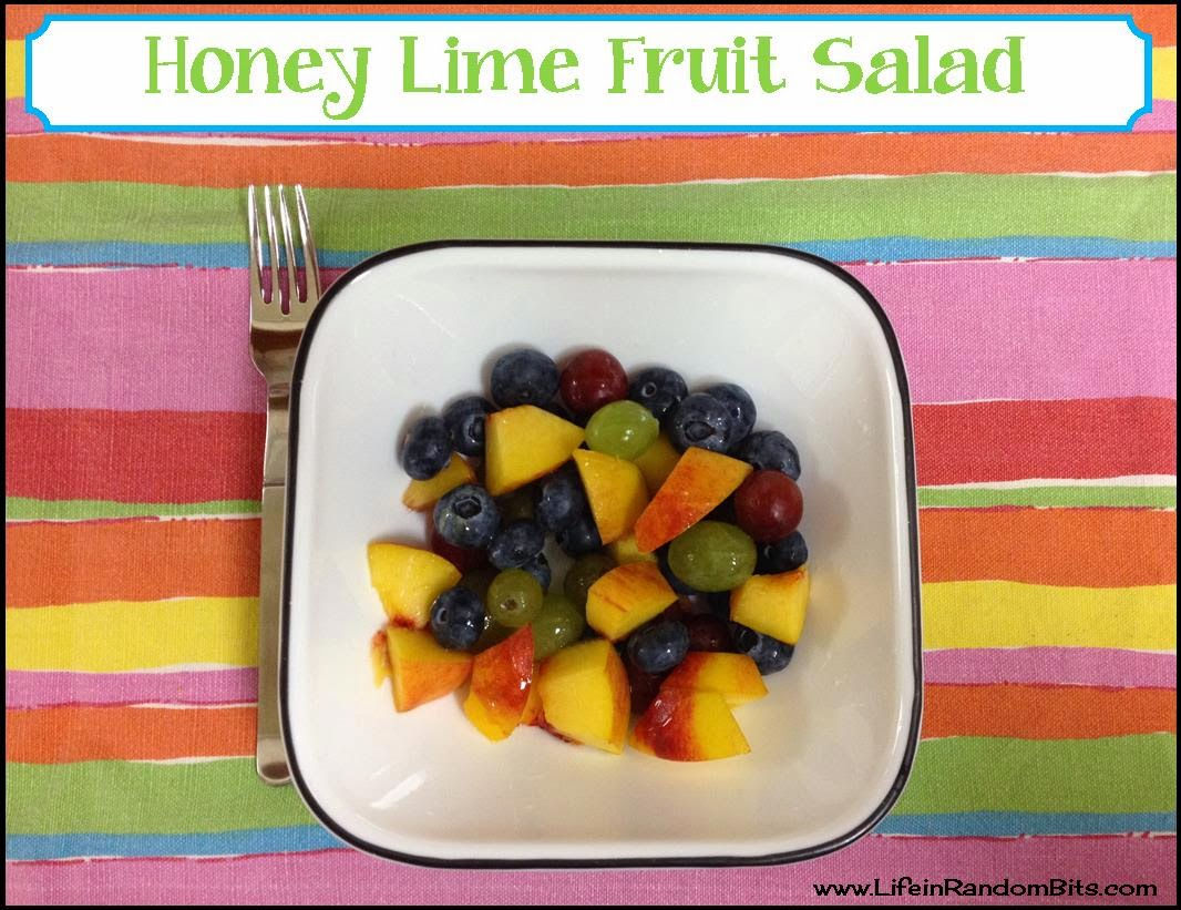Honey lime fruit salad - www.lifeinrandombits.com #fruit #salad #honey