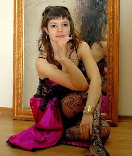 Horny and twerking - sexygirl-844037110-766034.jpg