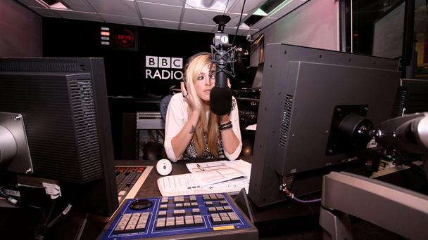 Радио внутри - википедия