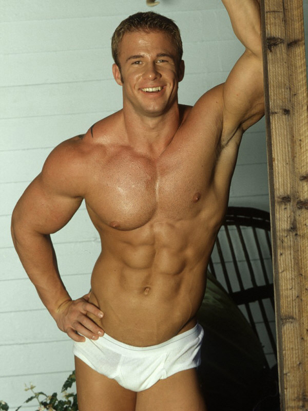 Blonde muscle men where can
