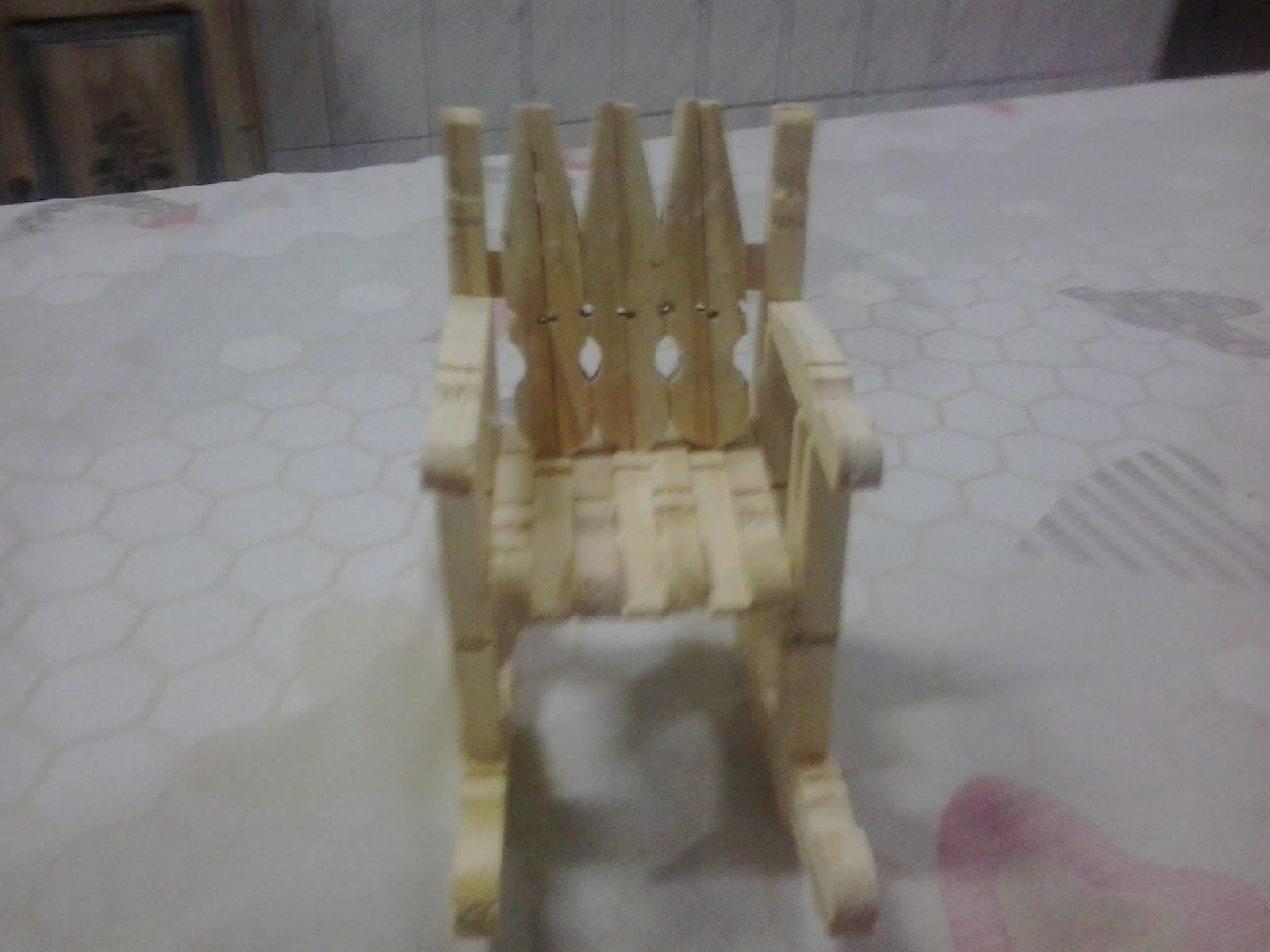 #5E4F38 Artesanato do Amigão: Cadeira de balanço pregador 1600x1200 px cadeira de balanço com pregador @ bernauer.info Móveis Antigos Novos E Usados Online