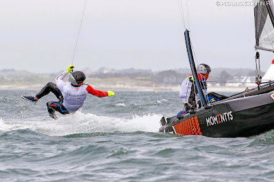 Franck Cammas et Antoine Joubert en Flying Phantom.