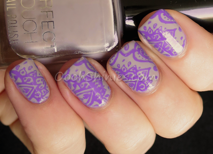 Perfect Touch #27 Utaupia with Mundo de Uñas Fantasy and Messy Mansion plate MM48
