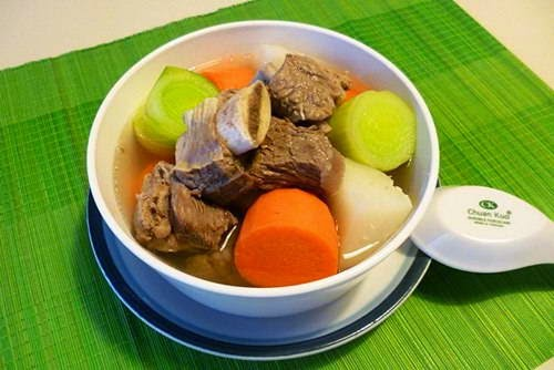 Beef Meat Soup with Vegetables - Súp Bò