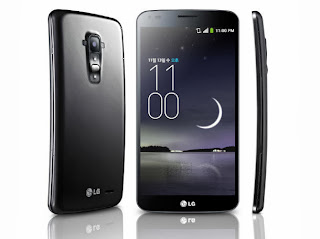 LG G Flex Phone with Curved Screen and Body