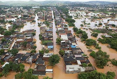 chuvas e enchentes em Minas gerais de Aecio e Amastasia